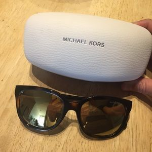 Michael Kors sunglasses! Super cute